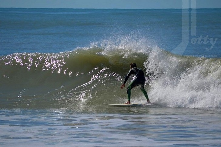Tuesday in Venice, nice wave!