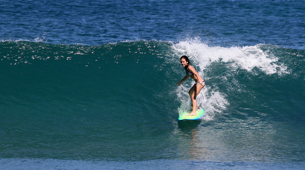 My 10yr old Julieta on a nice wave this morning.