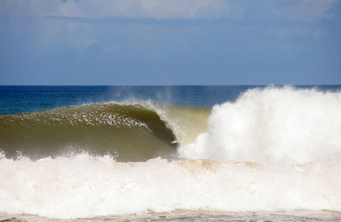 Table Rock today, Raul Hernandez in the barrel. I thought I was shooting the North Shore. Photo: M-Dub.